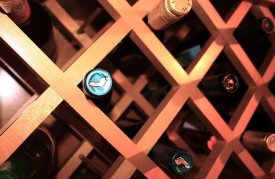 Pasos para hacer una bodega de vinos en casa